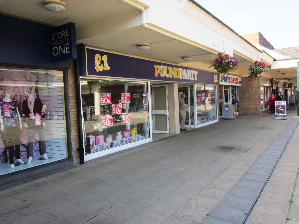 Unit 50 52 Belvoir Shopping Centre Coalville To Let Fhp
